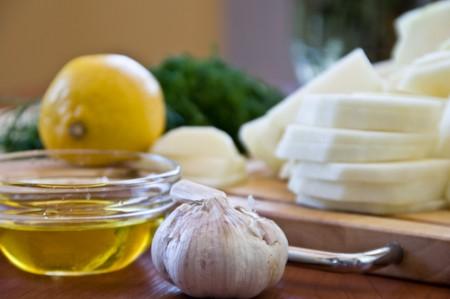 Готовим настойку с лимоном, чесноком и медом